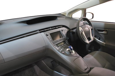 [wiki]2009_Toyota_Prius_03.jpg
